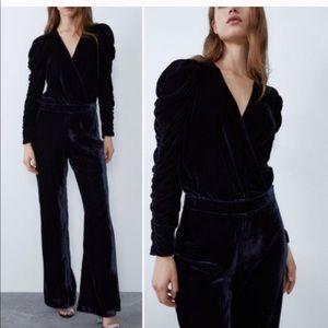 Zara High-waisted Velvet Flared Pants in Ink Blue